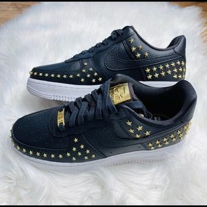 Nike Air Force 1 07 XX Star Studs size 7 NEW